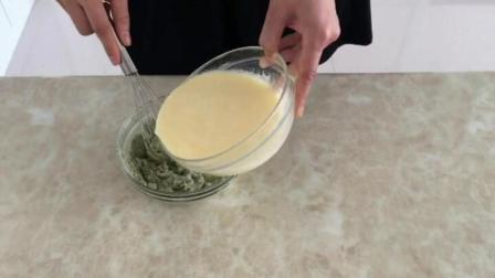 纸杯蛋糕的做法大全 西点培训学校 怎么做面包用电饭煲