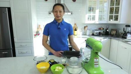 巧克力蛋糕的做法 双层翻糖蛋糕 怎样做生日蛋糕视频