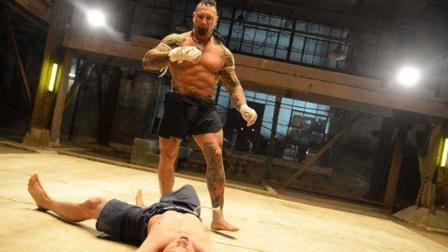 《搏击之王》拳王泰森回归, 劲爆的动作大片, 男主角被暴打