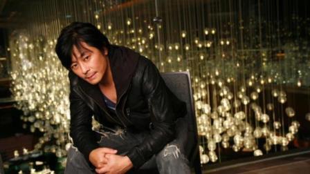 王杰惨遭下毒之前舞台上唱得最美的一首歌, 横扫华语歌坛!
