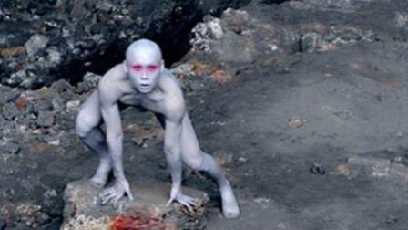 探秘档案: 地球内部存在地心人? 一身灰酷似外星人 38