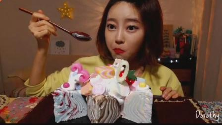 韩国吃播: 美女吃爵士乐冰淇淋蛋糕, 感谢30万订阅者