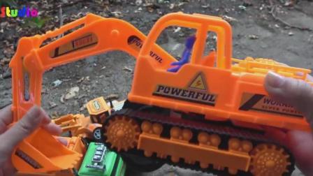 汽车挖掘机和搅拌车玩具车试玩, 婴幼儿宝宝玩具游戏视频