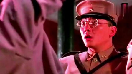 林正英电影中最恐怖的僵尸出棺, 经典永远无法超越!