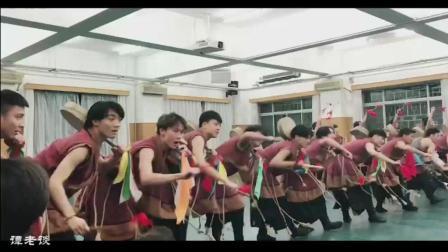 民族舞藏族剧目布衣者, 有没有人发现有个男生手上少了什么!