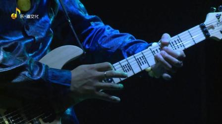 """纪斌""""把吉他弹飞""""电吉他专场演出"""