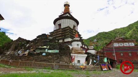 四川阿坝农村一小寺庙 隐藏着耗费一亿银元的石刻经文