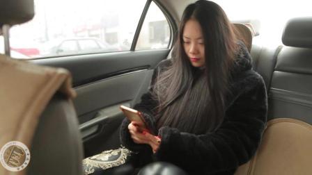 美女坐出租车, 司机师傅好心提醒美女, 却遭美女误会, 套路太深