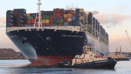 世界上最大的货轮, 重达18万吨, 比航空母舰还要大!