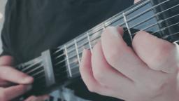 吉他弹唱《铃儿响叮当》祝大家春节快乐!