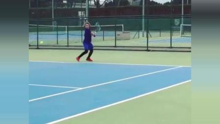海特网球教学-底线正反手对抗性练习
