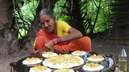 印度老奶奶做饭, 今天做印度特色松饼, 看看是怎么做的
