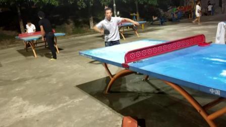 乒乓技术:   乒乓高手在这里, 动作好像在开挂