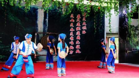 广西通灵大峡谷: 壮族民俗风情表演