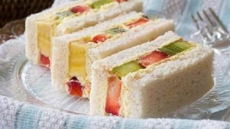 吐司大变身, 美味水果奶油三明治, 不开火就能做的早餐