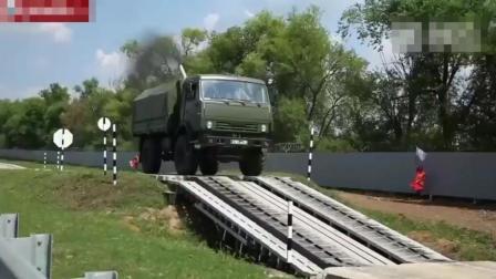 军用卡车道路测试, 这性能无敌了, 很多越野车也比不了