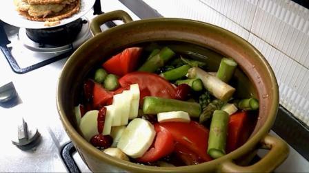 想要远离癌症, 家庭常煲这个汤, 全是抗癌抗氧化食材做法还超简单