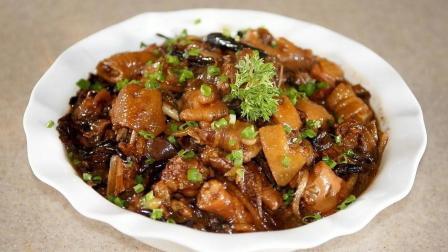 小鸡炖蘑菇东北名菜, 鸡肉鲜嫩, 芳香可口, 营养价值更高!