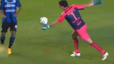 看看梅西等一众大神是如何从守门员手中抢球的!