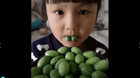 美食小吃货;迷你的小西瓜, 脆脆的黄瓜味