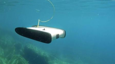 中国制造又火了, 只卖15000块的水下无人机, 老外爱不释手!