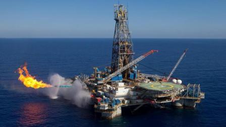 埋藏在地下千米的石油到底是怎么形成的? 说出来吓死你