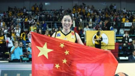 这才是真正的爱国! 在手挡日本旗之后, 朱婷又做出这一爱国之举