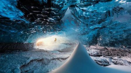 这冰层下竟有个变幻的巨大冰宫殿 每个人进去看景都不同