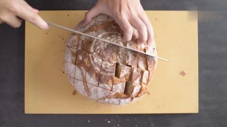 欧包法棍吃不完 那就来一份芝士蒜蓉面包吧