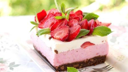 最适合12星座的蛋糕是哪个? 双鱼座的樱花慕斯蛋糕最好看