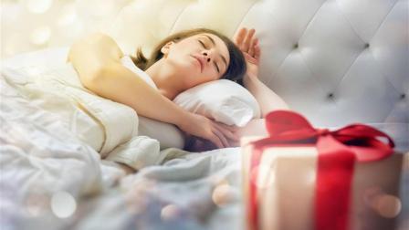 睡觉时突然一抖像踩空一样 以为是噩梦那就错了 其实是肌抽跃!