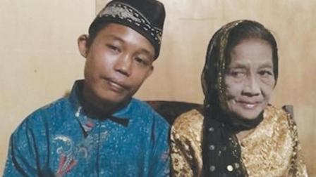 82岁老太和19岁小伙结婚, 婚后小伙的行为让人难以理解