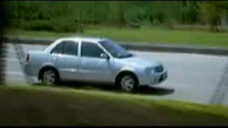 羚羊长安铃木生产的经济型紧凑型三厢轿车