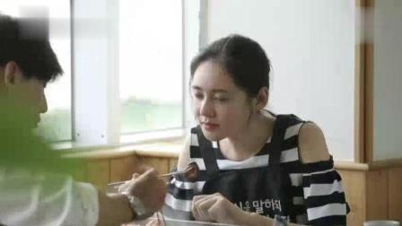 于晓光展开暴风吃播, 秋瓷炫透露于可爱为何吃辣, 好甜蜜