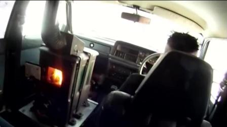 """国外牛人在汽车里装上""""火炉""""取暖, 这发明也是没谁了"""