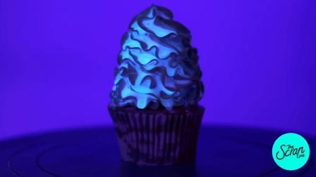 震惊了! 蛋糕竟然可以有夜光效果! 宇宙夜光蛋糕杯制作过程