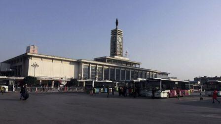[城市记录] 长沙火车站整点敲钟报时