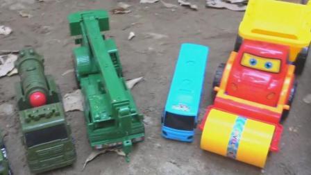 汽车搅拌车和恐龙玩具试玩, 婴幼儿宝宝玩具游戏视频