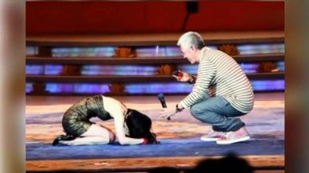 她当众给赵本山下跪, 这一跪, 从此改变了她的一生!