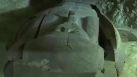现场眼 埃及开罗南部发现大型墓地 距今3000年现众多宝藏