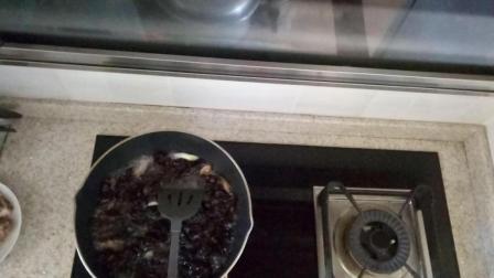 舌尖上的中国 木耳炒肉片的家常做法视频