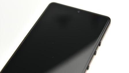 手机贴膜教程阶级(坚果PRO2贴膜教程)