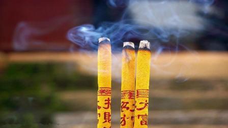 为什么中国人烧香总是三根, 超过三根会怎样? 答案你万万想不到