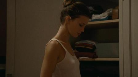 3分钟看完一部有意义的法国剧情片, 青春期的少女通过这种东西寻找自我, 让人可惜