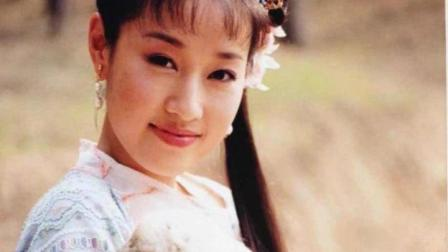 马伊琍晒《还珠格格》紫薇剧照 古装扮相笑容甜美可爱