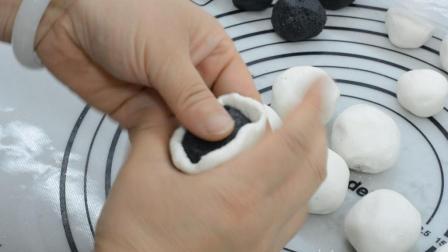正月十五元宵节, 吃一碗又香又甜的黑芝麻汤圆, 只需5秒包一个!