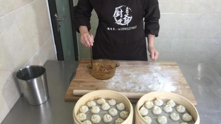 厨爷美食: 小笼包全套做法视频: 和面、调馅、包法、蒸制