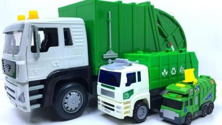 对比型号种类不同的垃圾车玩具