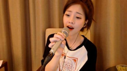 冯提莫清唱《起风了》声音好甜, 被她迷住了