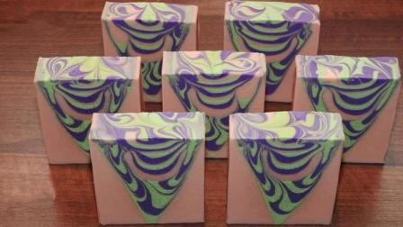 大理石纹三角手工皂制作过程实录
